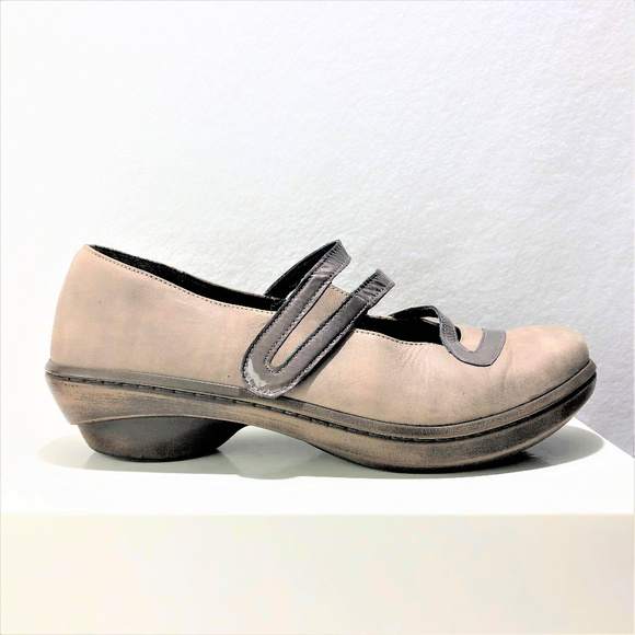 Women's Shoes Naot Kirei Mary Jane Flats Taupe Nubuck And Patent Leather Shoe Size 42 Us 11